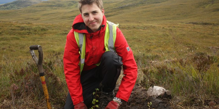 Tree planting at  Dundreggan is carried out by volunteers from all over the world. Photo by Craig Dickson
